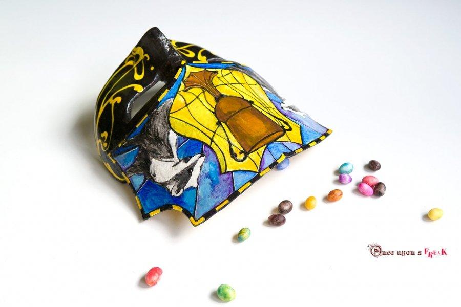 mascara veneciana hufflepuff harry potter