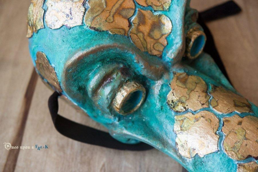 mascara medico de la peste estilo arabe