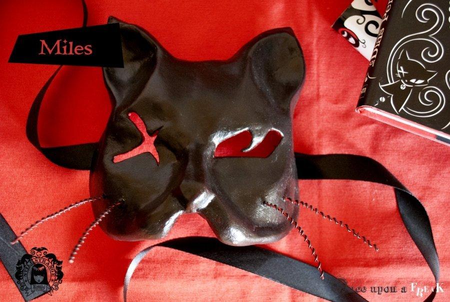 máscaras venecianas de los gatos de emily the strange