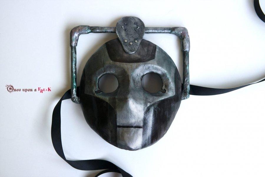 mascara moretta cyberman doctor who